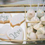 ζωγραφισμένα χειροποίητα μπισκότα γάμου