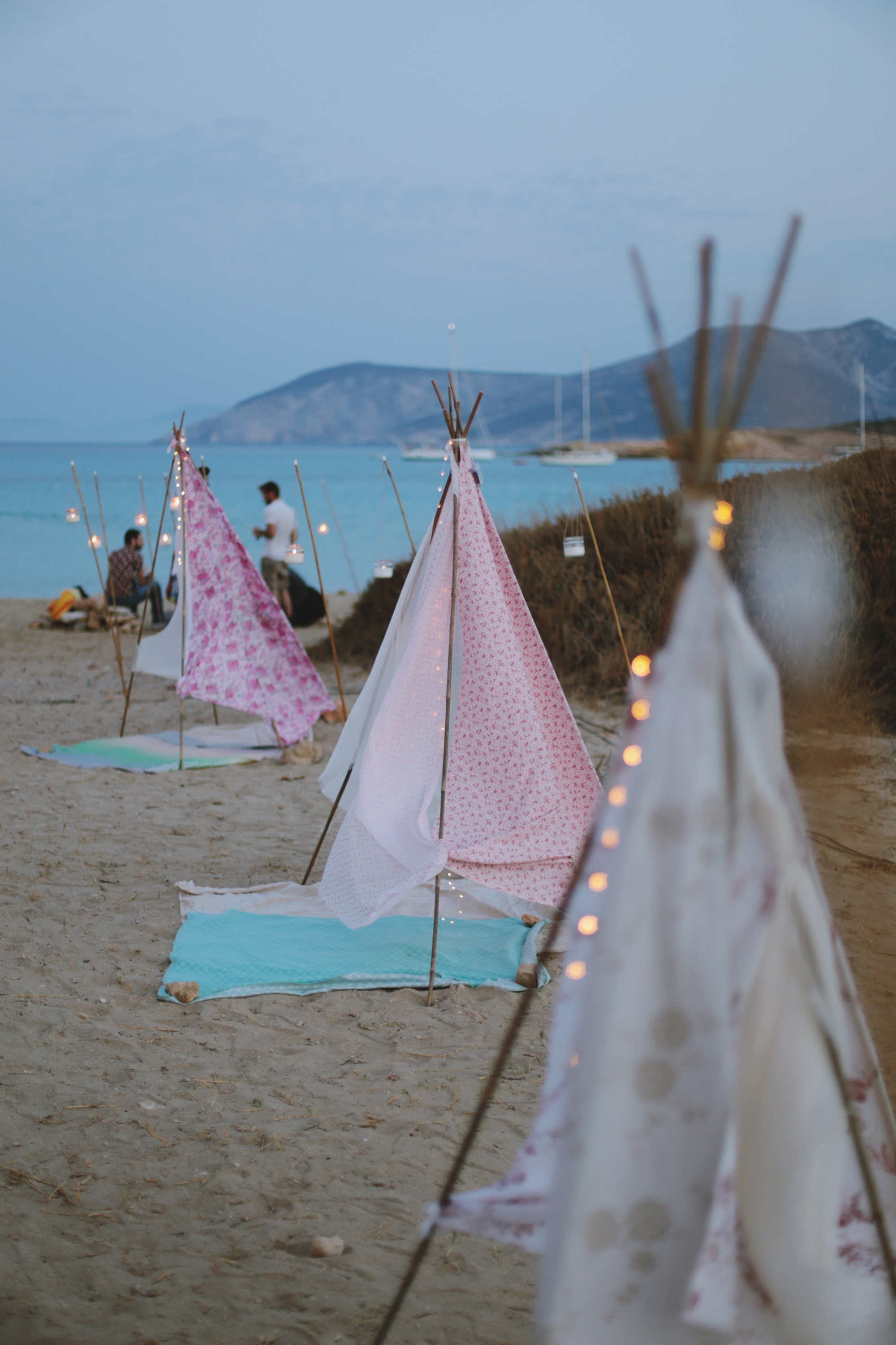 Whimsical summer wedding in Koufonisia