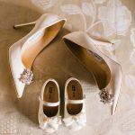 λευκά νυφικά παπούτσια Jimmy Choo