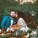 Neon πινακίδες γάμου