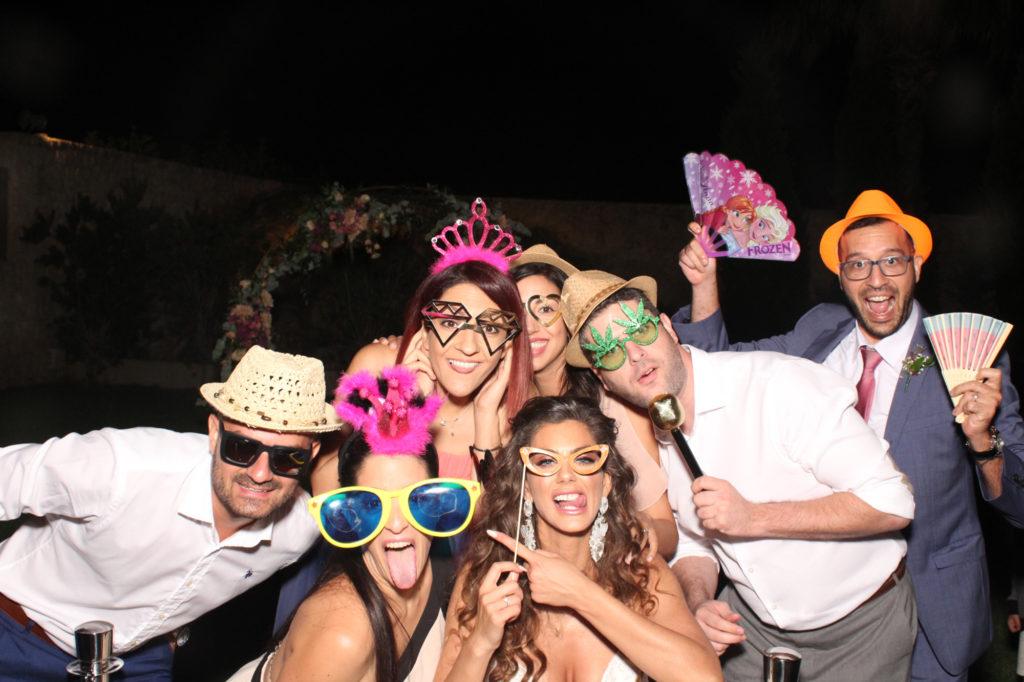 Νέα εποχή για τα wedding parties με τα Photobooths της Eventera