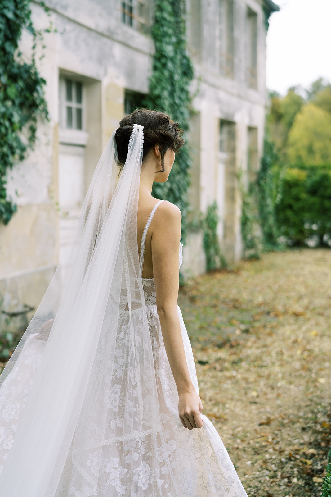 Stunning inspirational shoot at Chateau de Villette with Vasia Tzotzopoulou wedding dresses