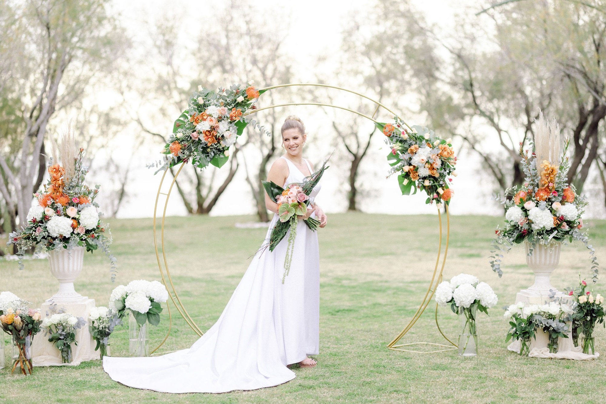 A bright spring inspirational shoot with orchids & pampas grass